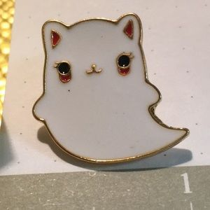 NEW Ghost cat pin - enamel & gold tone metal *spot